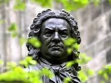 Bach statue 3